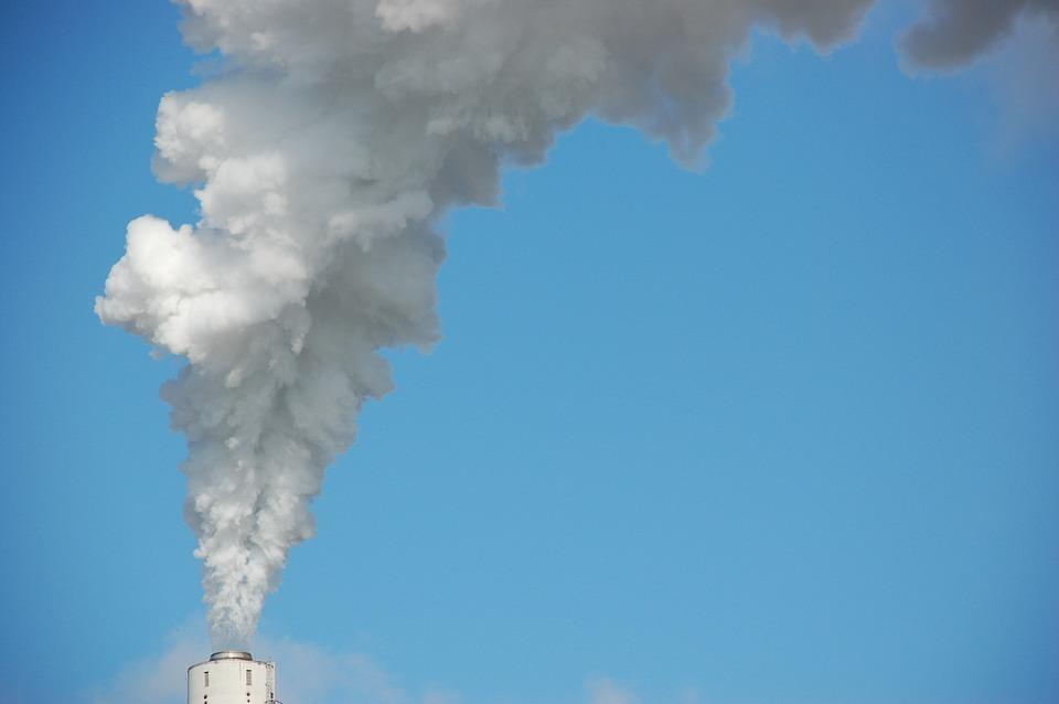 Cosa dicono le Leggi Condominiali riguardo lo Scarico dei Fumi